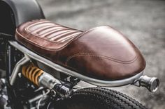 Royal Enfield Continental custom by ZEUS Motorcycle Seats, Cafe Racer Motorcycle, Bike Seat, Motorcycle Art, Cafe Racer Sitz, Cafe Racer Parts, Modern Cafe Racer, Custom Cafe Racer, Ducati