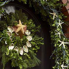 http://keepingthechristmasspiritalive365.blogspot.com/2010/08/dreaming-of-white-christmas.html