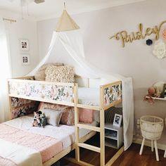 Kura Bed, Cama Ikea Kura, Ikea Bunk Bed, Ikea Kura Hack, Ikea Kids Bedroom, Ikea Toddler Room, Big Girl Bedrooms, Bunk Bed Designs, Kids Room Design
