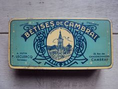Vintage French Sweetie Tin by LaBelleOmbrelle on Etsy Vintage Tins, French Vintage, Blue Words, Vintage Packaging, Tin Man, Vintage Typography, Tin Toys, Tea Tree Oil, Small Things