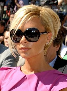 Posh Spice hair - so cute. OK I admit it I love her. I have to say she has the most amaizing style.