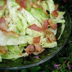 Foto da receita: Repolho frito com bacon