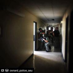 Great shot of @oxnard_police_seu conducting movement training wearing U.S.Armor. #TacticalTuesday #Repost @oxnard_police_seu ・・・ #oxnardpdswat conducting movement #training. #continuousimprovement #coltcommando #usarmor #peltor #salomontacticalboots #simmunition #swat #tactical