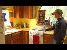 Fairbanks Tiny House Start at: Published on May 2015 Tiny House Cabin, Tiny House Living, Tiny House On Wheels, Tiny House Shipping Container, Container Houses, Fairbanks Alaska, Little Houses, Simple Living, Tiny Homes