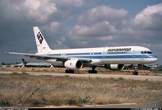 Boeing 757-236, Inter European Airways, G-IEAD, cn 24771/272, first flight 16.2.1990 (Air Europe), Inter European delivered 9.4.1992. Foto: Faro, Portugal, 11.10.1992.