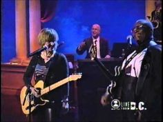 """▶ """"BB King / Melissa Etheridge"""" - When Love Comes To Town (Concert Of The Century) - YouTube"""