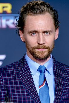 """larygo: """" Tom Hiddleston attends the world premiere of """"Thor: Ragnarok"""", Los Angeles, (x) """" Thomas William Hiddleston, Tom Hiddleston Loki, My Tom, Chris Hemsworth, Perfect Man, To My Future Husband, Gorgeous Men, Beautiful Person, Cool Kids"""