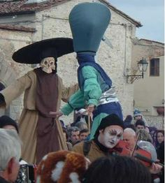 2017 - Carnevale Medievale- Medieval Carnevale, Feb. 26, 9 a.m.-7 p.m., in Calenzano (Florence); float parade, music, shows, and medieval market in Piazza Gramsci and Via Puccini.