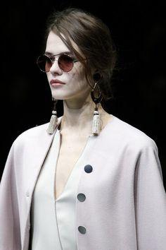 Giorgio Armani Fall 2018 Ready-to-Wear Fashion Show Details