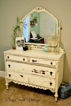 Nice vintage chest by Deep South Vintage.  Painted in Miss Lillian's No Wax Chalk Paint. See more unique pieces at www.facebook.com/deepsouthrecreations.