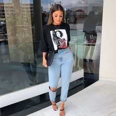 Como atualizar o look com mom jeans - Guita Moda Outfit Jeans, Heels Outfits, Jean Outfits, Outfits With Mom Jeans, Tshirt Dress Outfit, Zara Outfit, Shoes Heels, Dress Shoes, Cute Casual Outfits