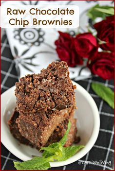 Raw Chocolate Chips Brownies (grain-free, paleo, vegan) from Carrie on Living | www.carrieonliving.com