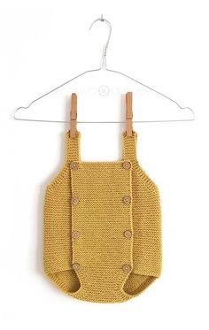 Learn How to Make this adorable Knitted Baby CARDIGAN. FREE Step by Step Pattern & Tutorial. A different way of making a Knitted Baby Cardigan! Baby Knitting Patterns, Baby Cardigan Knitting Pattern, Knitted Baby Cardigan, Baby Pullover, Knitted Baby Clothes, Knitting For Kids, Baby Patterns, Free Knitting, Baby Romper Pattern
