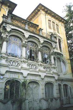 Torino #architetturaliberty · Pietro Fenoglio, villino Scott. nel film profondo rosso di Dario Argento