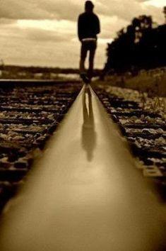 Another great railroad photoshoot idea!