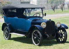1917 Chandler Type 17 Seven-Passenger Touring