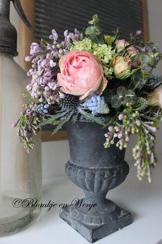 flowers shabby centerpiece