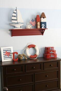 inspiration nautique en bleu, blanc et rouge
