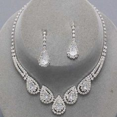 22.99$ uniklook.com    Wedding Bridesmaid Bridal Evening Clear Crystal Costume Jewelry Necklace Set
