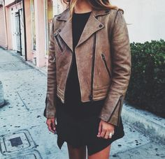 Brown leather jacket❤️