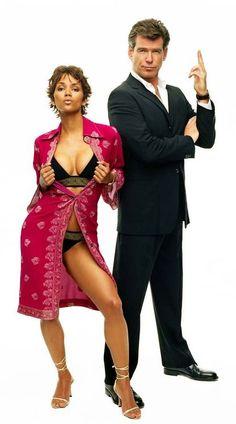 James Bond James Bond Women, James Bond Style, Hally Berry, Halle Berry Hot, Divas, Clint Walker, Fritz Lang, James Bond Movies, Pierce Brosnan