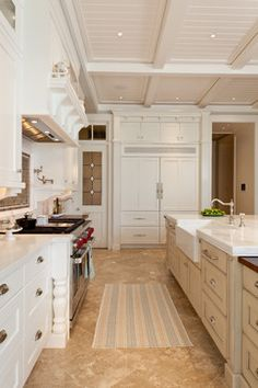 Traditional Home White Kitchen Design, Pictures, Remodel, Decor and Ideas - page 9