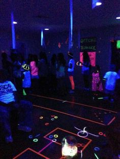 "Glow In The Dark, Neon, Blacklight / Birthday ""Rubie's 13 Glow Party"" 