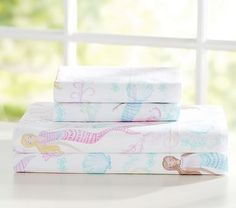 Would be adorable for your little mermaid princess !!   Bailey Mermaid Sheet Set #pbkids