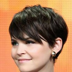 She is so cute, but I think this would be a bit too short for my hair...