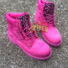 Custom HOT Pink Timberlands BIG Kids & Women ONLY ) see other listing for small kids Timberland Outfits, Timberland Stiefel Outfit, Pink Timberland Boots, Timberland Waterproof Boots, Tims Boots, Shoe Boots, Glitter Timberlands, Pink Timbs, Style