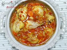 Chicken Thigh Recipes, Baked Chicken Recipes, Veggie Recipes, Turkish Recipes, Italian Recipes, Turkish Chicken, Small Baking Dish, Fish And Meat, Fresh Fruits And Vegetables