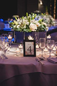 Un detalle útil y decorativo para tu casamiento. #CasamientosAr #Organizaciondecasamientos #Casamiento #Boda #Novios #TipsNupciales #CaminoAlAltar #CasamientoArgentina #SeatingPlan #SeatingPlanWedding #NumerosDeMesas #MesasDeInvitados #MesasDeBoda #OrganizacionDeMesas Seating Plans, Manicure, Table Decorations, How To Plan, Wedding, Furniture, Home Decor, Rustic Style, Wedding Centerpieces