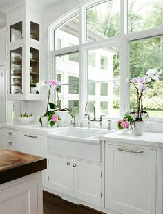 Kitchen Idea: I would love white benches and sink and then the wooden top for the kitchen island with wooden stools.