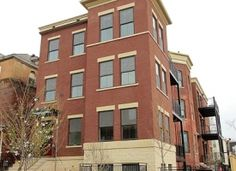 1323 Girard Street NW is a boutique 8 unit building. Conveniently located in the highly desirable neighborhood of Columbia Heights in northwest Washington DC.