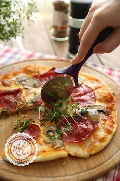 Ev Yapımı Pizza & Pizza Hamuru Tarifi | Mutfak Sırları