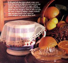 Milk jug cover with crochet edging. Crochet Home, Diy Crochet, Crochet Baby, Beaded Crochet, Crochet Doilies, Food Net, Handmade Envelopes, Glass Dishes, Milk Jug