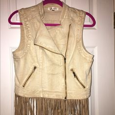 Tan fringe vest Worn once in like new condition.  Purchased from The Buckle.  Removable fringe, working zipper.  Great with a dress and cowboy boots. Double Zero Jackets & Coats Vests