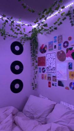 Indie Bedroom, Indie Room Decor, Cute Bedroom Decor, Teen Room Decor, Aesthetic Room Decor, Room Ideas Bedroom, Girls Bedroom, Bedrooms, Bedroom Inspo