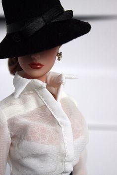 Fashion Royalty doll // Dasha http://www.pinterest.com/limaryg/dolls/