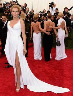 Uma Thurman from 2015 In Atelier Versace Met Gala Arrivals | E! Online