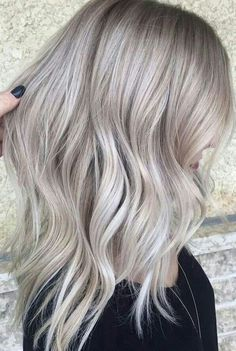 "Opal "" grey blonde, light ash blonde, silver blonde, silver hair, a Black Hair With Blonde Highlights, Black Roots Blonde Hair, Platinum Highlights, Light Ash Blonde, Hair Highlights, Semi Permanente, Platinum Blonde Hair, Blonde Brunette, Looks Chic"