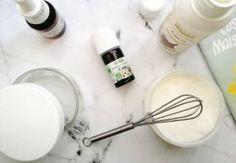 Voici les huiles essentielles que vous devez absolument avoir chez vous