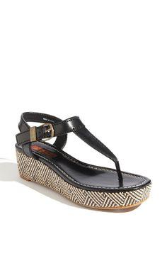 basic summer sandal must