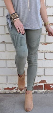 Olive denim, two zipper accents, five pockets, and zip fly closure Stretchy material makes for a comfortable fit! Color: Olive 98% Cotton, 2% Spandex