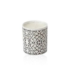 """November candle by Vahina Giocante. Profits from each candle sold benefit """"Association Mécénat Chirurgie Cardiaque"""" - Black Magic by Quintessence Paris - #buytogive #vahinagiocante #candles"""