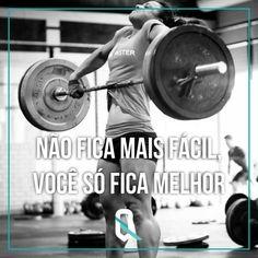 #crossfit #crossfiters #crossfitforlife #crossfitlifestyle #crossfitfrases #frasescrossfit #superação Crossfit Motivation, Life Motivation, Mundo Fitness, Gym Quote, Motivational Phrases, Pilates Workout, Bodybuilding Motivation, Cross Trainer, No Equipment Workout