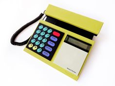 Bang & Olufsen Beocom 2000 Telephone Vintage 80s Danish Modern Minimalist Designer Phone Retro 1986 Yellow Lemon Corded Analogue – Sophistique Studio