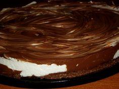 Cheesecake marmorat cu ciocolata - CAIETUL CU RETETE Cake, Desserts, Food, Tailgate Desserts, Deserts, Kuchen, Essen, Postres, Meals