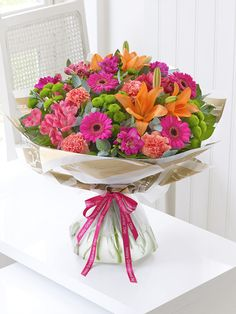 Order flowers online from Interflora. All bouquets are expertly crafted by local florists and hand-delivered to the door. Flower Boutique, Order Flowers Online, Local Florist, Arte Floral, Flower Delivery, Bouquets, Flower Arrangements, Decorative Bowls, Planter Pots