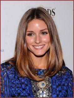 Olivia Palermo's Angled Lob Hairstyle. Girly Hairstyles, Lob Hairstyle, Celebrity Hairstyles, Medium Hair Cuts, Medium Hair Styles, Short Hair Styles, Angled Hair, Wavy Hair, Angled Lob